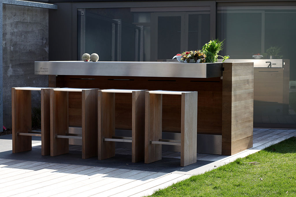 7 Tips for Lighting Outdoor Kitchens | Furniture Lighting ...