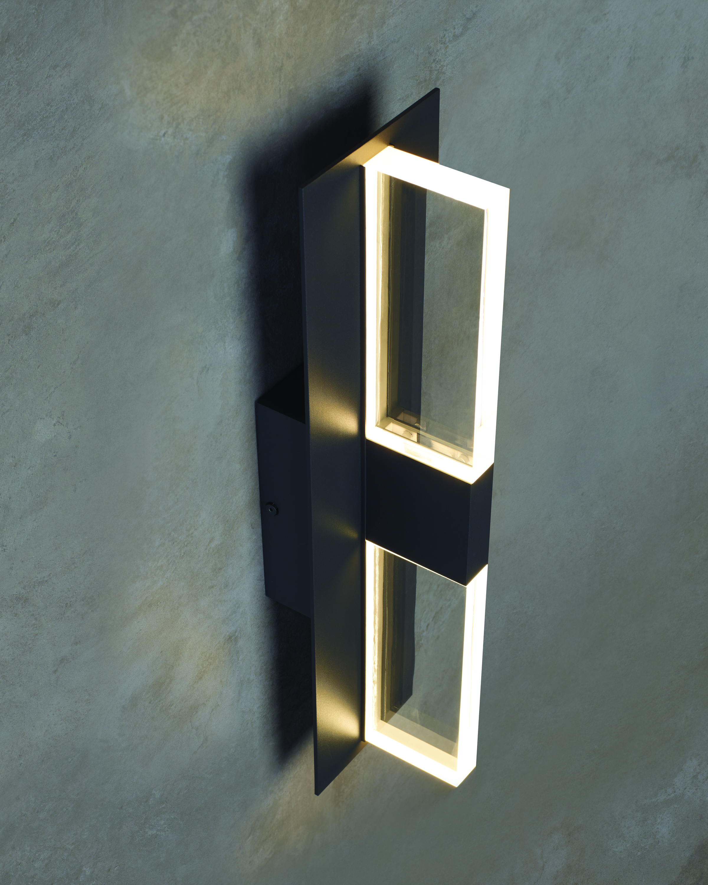 Tech Lighting Lyft wall sconce