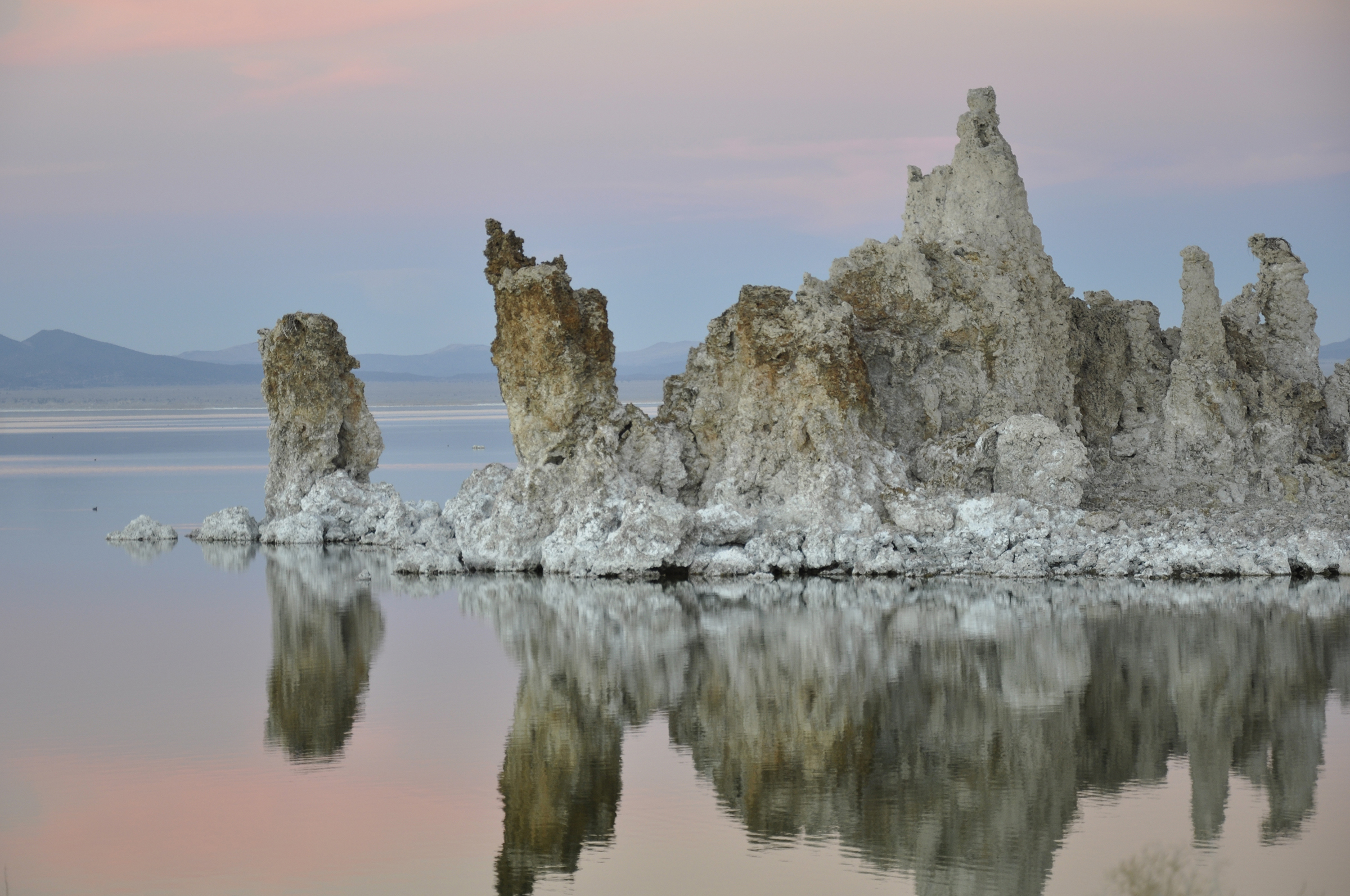 Zoe Bios Creative Mono Lake 4