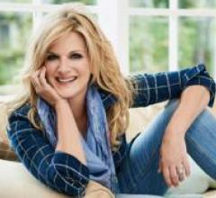 Trisha Yearwood headshot
