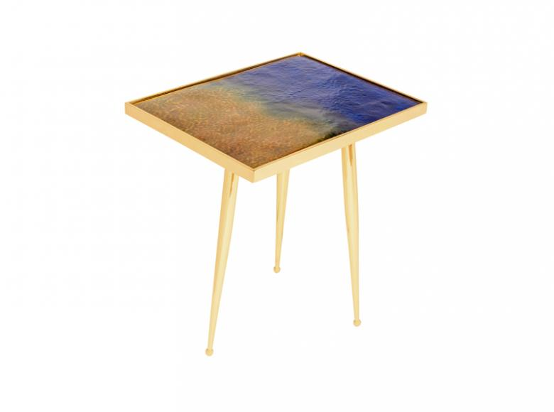 Form A Marea side table